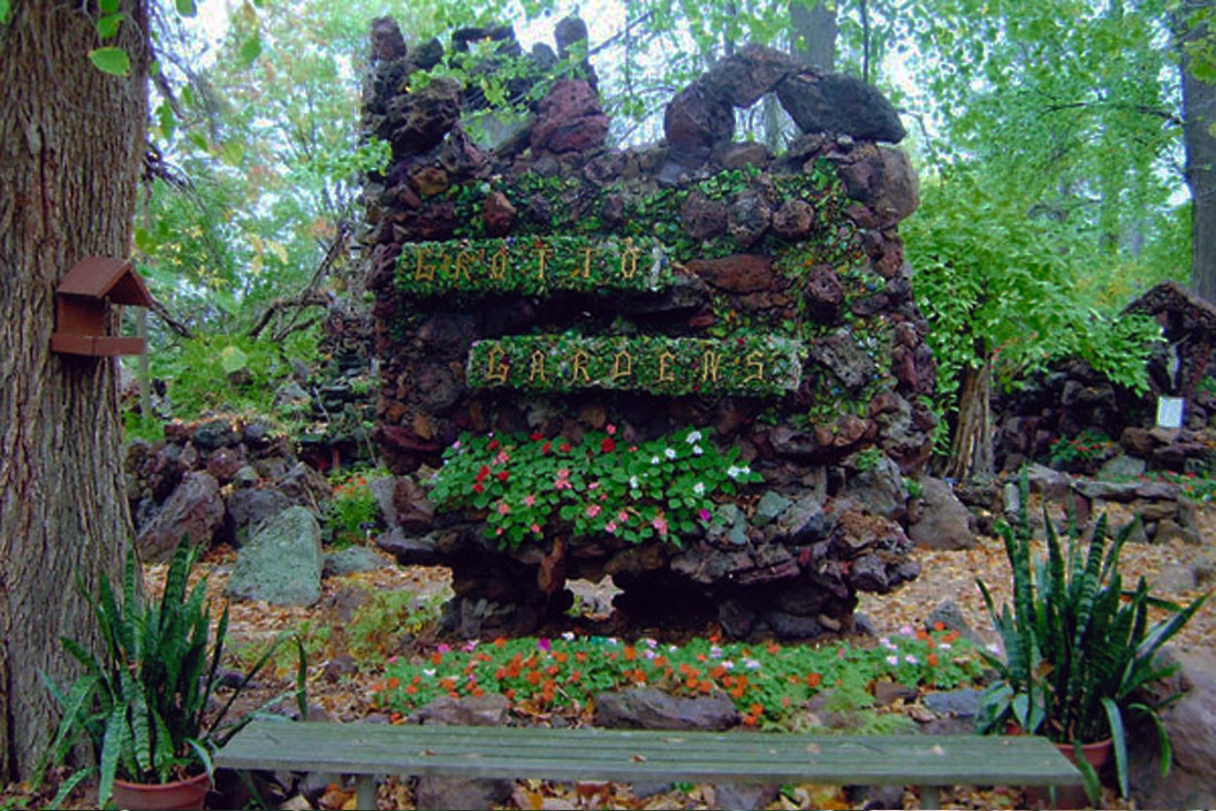 15 best garden grotto designs outdoor grotto designs for Garden grotto designs